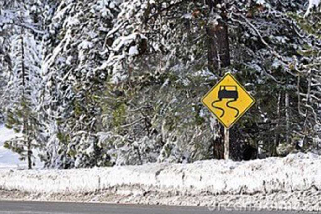"""""""What do you do first when you're in an accident on wintry roads?"""""""