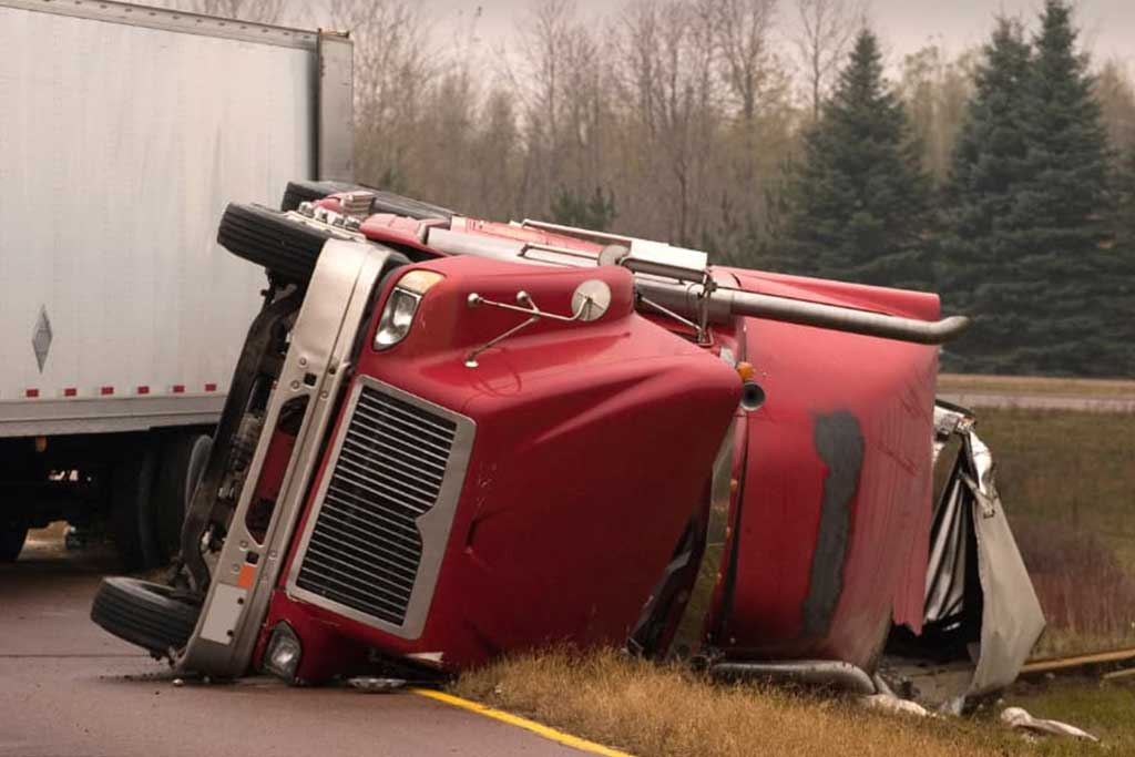 What To Do If Youre Injured In A Tractor trailer Accident