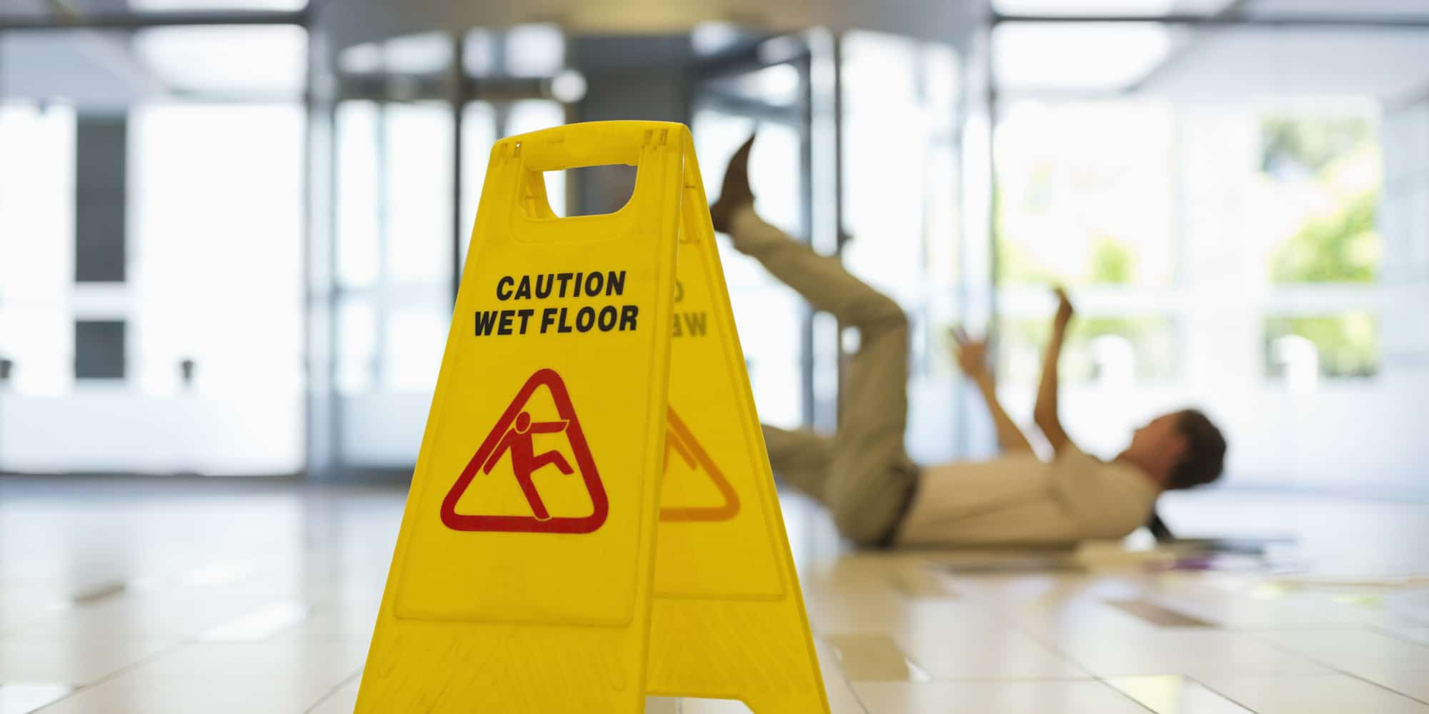 Slip and Fall Accidents in Cluttered Areas